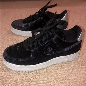 Black velvet Nike air force one